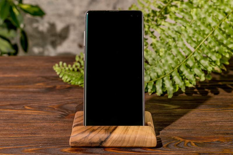 Дерев'яні Настільні Підставки Органайзери Для Телефонів і Планшетів iPad iPhone На Робочий Стіл