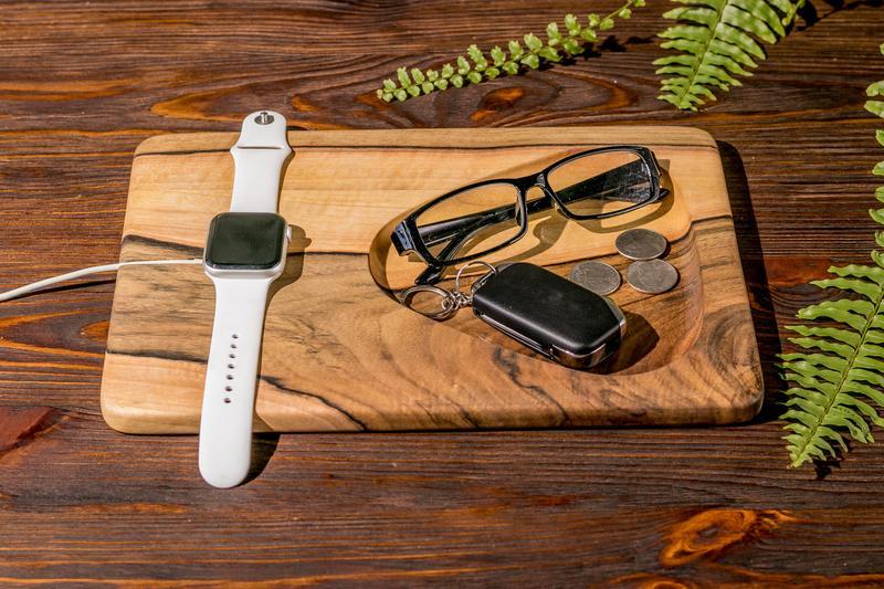 Аксессуары Из Дерева Для Телефонов Смартфонов iWatch Гаджетов Часы Apple Зарядное Устройство Подарок