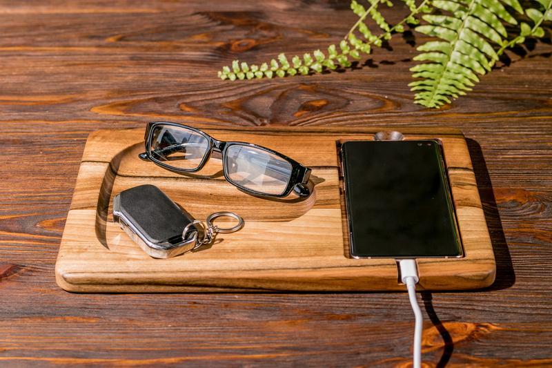 Подставки На Рабочий Офисный Стол Из Дерева Деревянный Подарок Аксессуары Для Телефона Смартфона