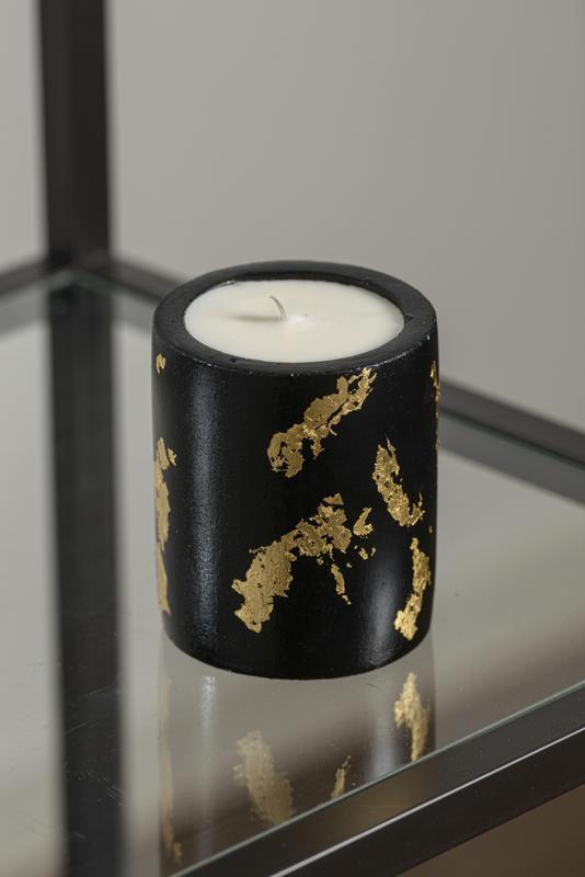 Ароматическая свеча с запахом кофе из натурального соевого воска в бетонном кашпо