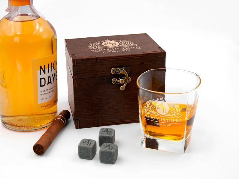 Комплект для охлаждения виски с гравировкой на одну персону