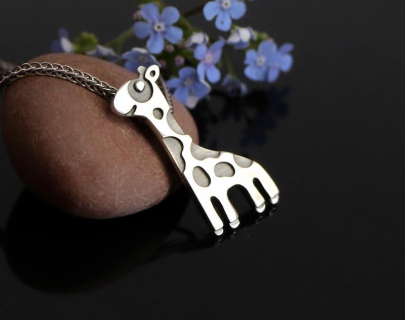 Серебряный кулон Жираф