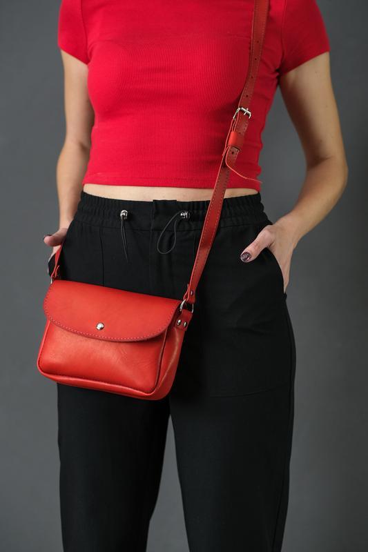 Кожаная женская сумочка Мия, кожа итальянский краст, цвет красный