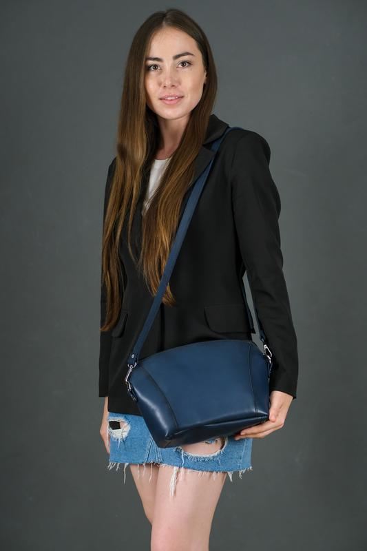 Кожаная женская сумочка Майя, кожа итальянский краст, цвет синий