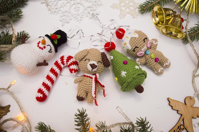 Новогодние игрушки вязаные крючком, игрушки на елку ...