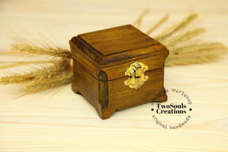 Деревянная коробочка для обручальных колец, коробочка для колец, деревянная шкатулка для колец.