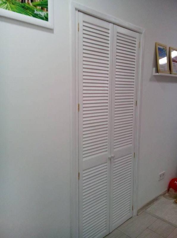 Установка жалюзийных дверей в гардеробную своими руками 38