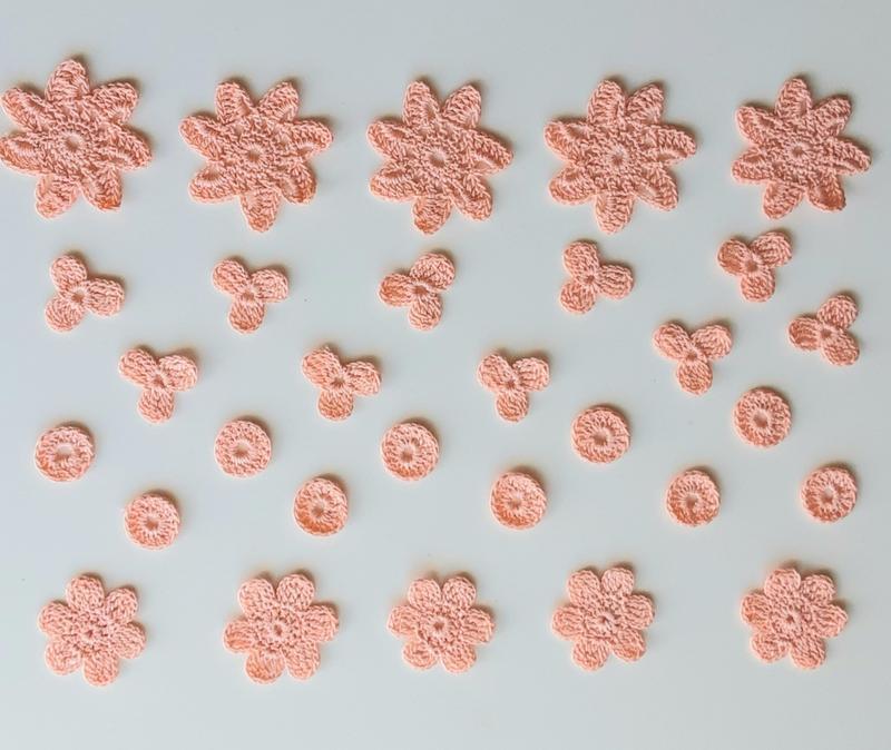 Набор из 30 вязаных элементов для рукоделия,  скрапбукинга, упаковки