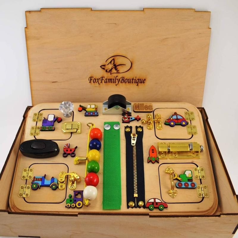 Бизиборд 20 на 30 см, коробка в цену не входит! Подарочную коробку можно заказать отдельно