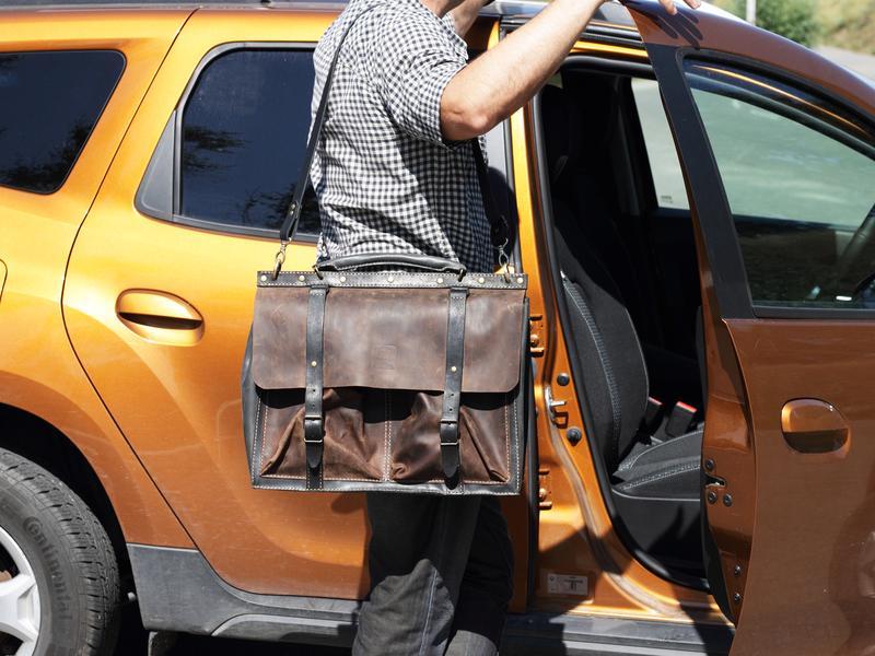 Стильний чоловічий шкіряний портфель