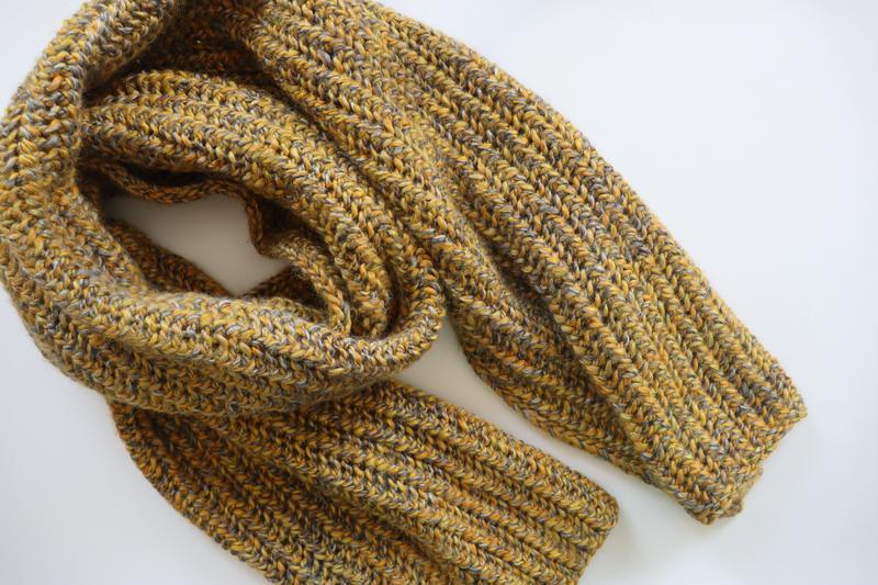 Вязаный шарф Листва