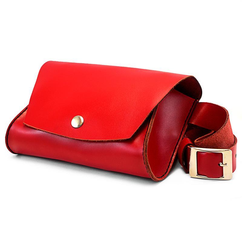 Жіноча шкіряна сумка на пояс — марсала