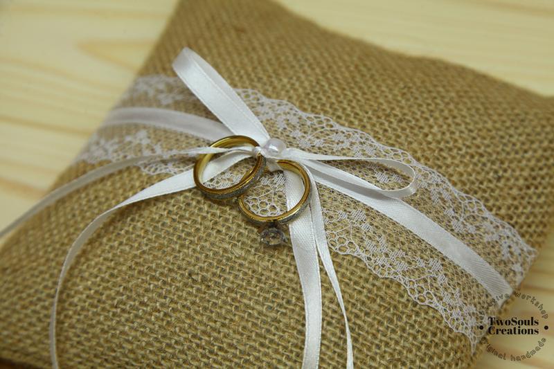 Подушка для колец, свадебная подушка.