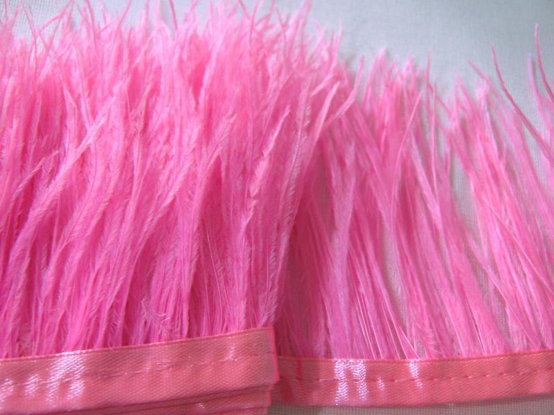 Перья страуса- тесьма( лента) страусиная розовая для украшений