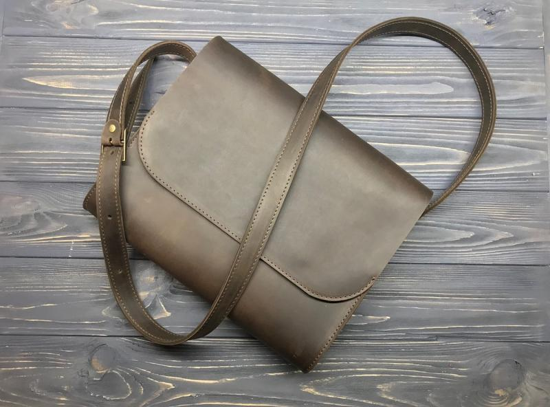 Кожаная сумка мессенджер для документов под формат А4 Frisco brown ... ab467651e4043