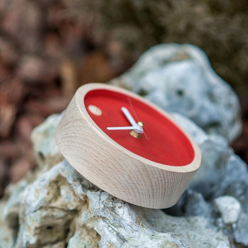 """Настольные деревянные часы """"Mini Red"""""""
