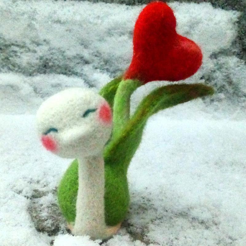 6257ed4f06bc Улитка сердце весна валяные игрушки подарок ручной работы купить в ...
