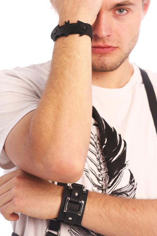 Кожаный браслет от мастерской Wild