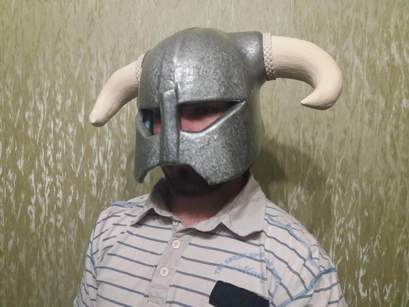 "Железный шлем из игры ""Скайрим"""