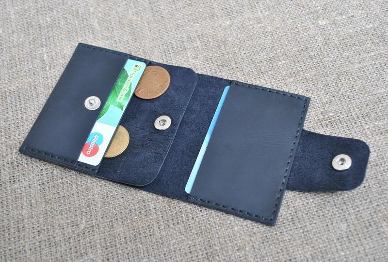 Маленький кошелек из натуральной кожи темно-синего цвета K71-600