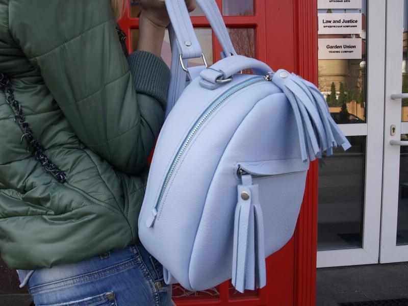 3da477d9591f Нежно-голубой женский рюкзак с кисточками ручной работы купить в ...