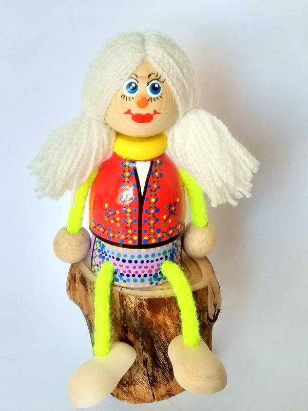 Дерев'яні ляльки