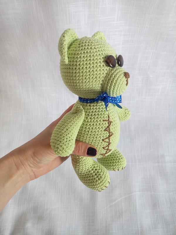 Игрушка вязаная Мишка Тедди. Вязаная игрушка Мишка. Амигуруми. Мишка салатовый с бантиком.