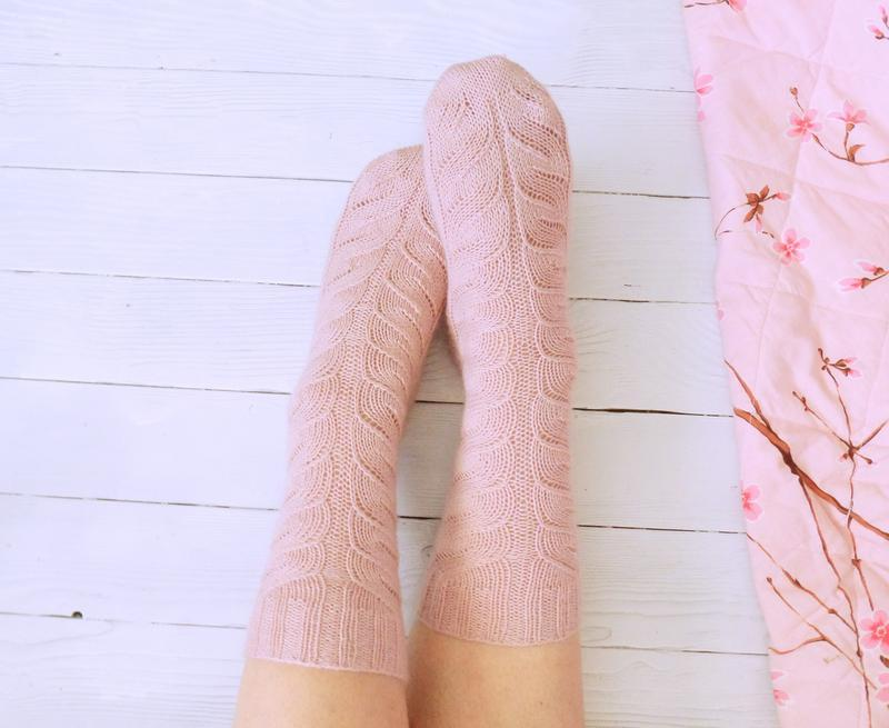 Вязаные носки Нежность (из специальной носочной пряжи)