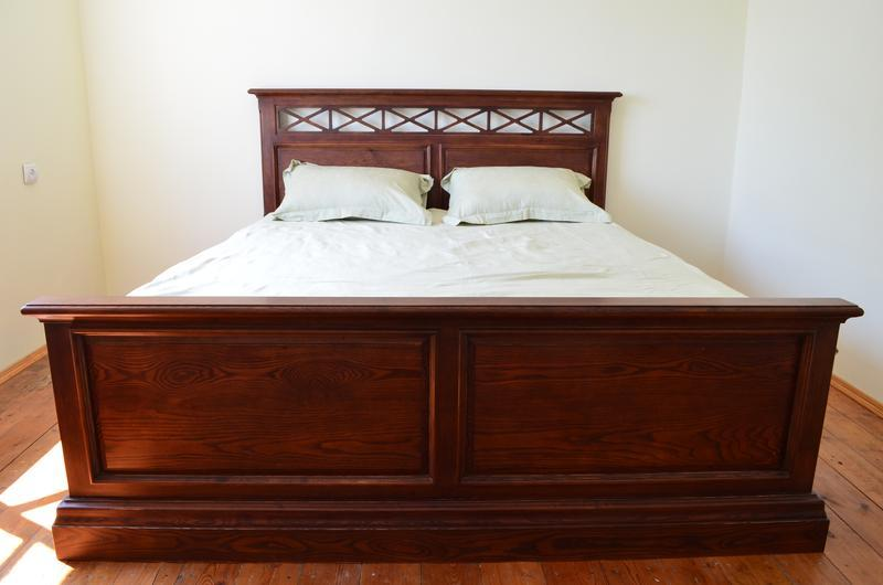 Викторианская кровать