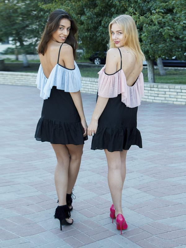 Шелковое воздушное платье с воланами и открытой спинкой Silk Flounce Airdress