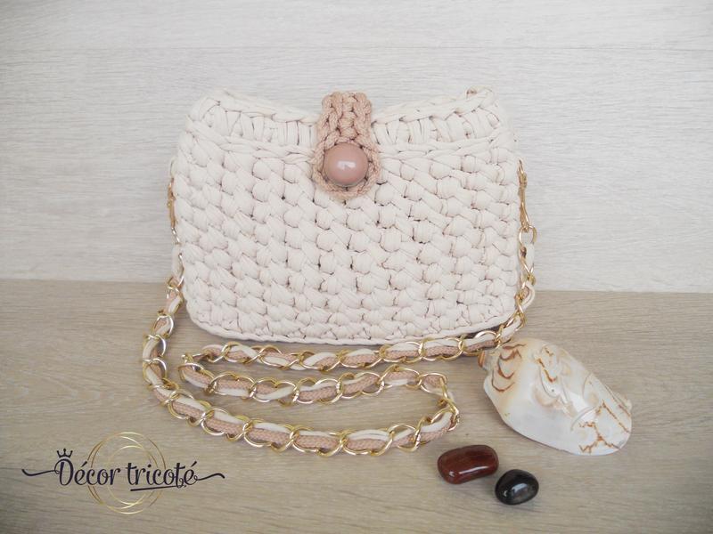 0523cd7e3ef4 Летняя вязаная сумочка через плечо из трикотажной пряжи. Бежевая  повседневная сумка на цепочке.