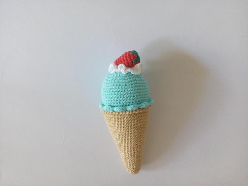 Мороженое рожок