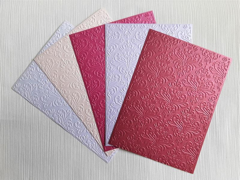 Белый дизайнерский картон для открыток