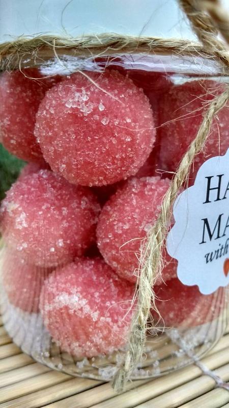 Натуральный сахарно-соляной скраб для тела ,,Сладкие шарики,, - Вишневый