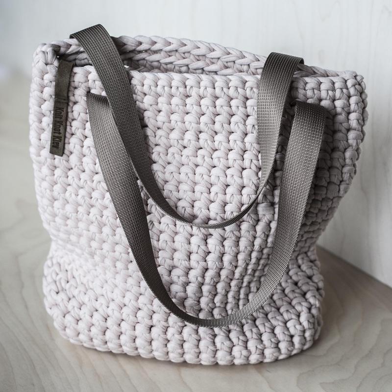 Торбочка из трикотажной пряжи