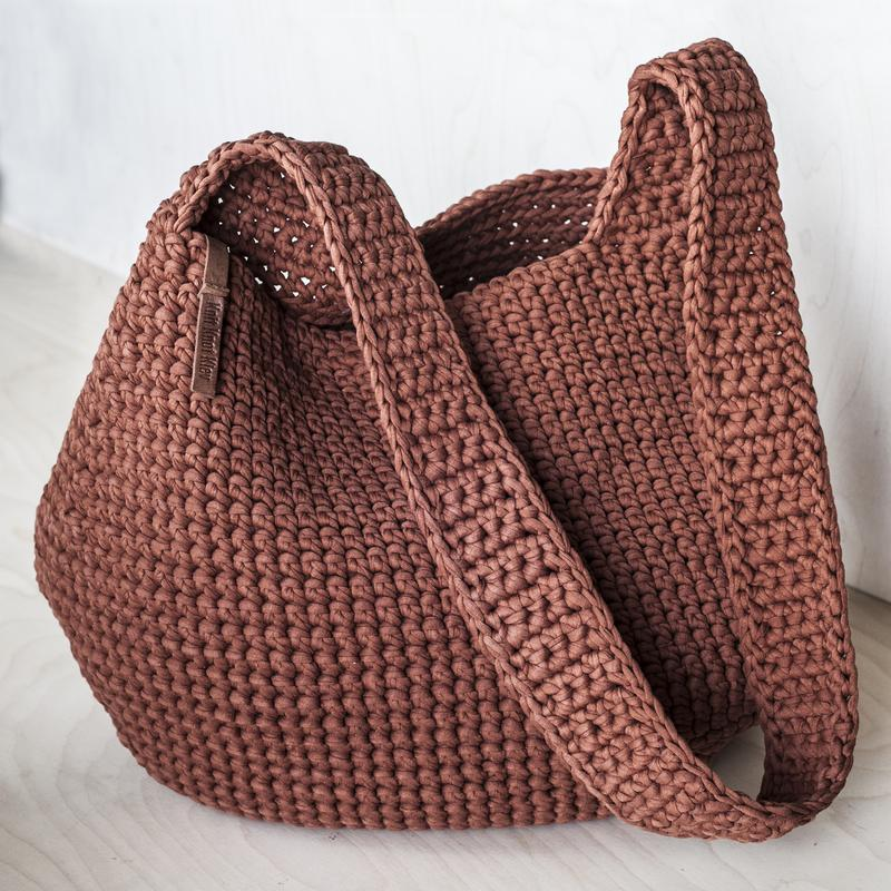 56e207f67898 Вязаная сумка через плечо ручной работы купить в Украине. №24438