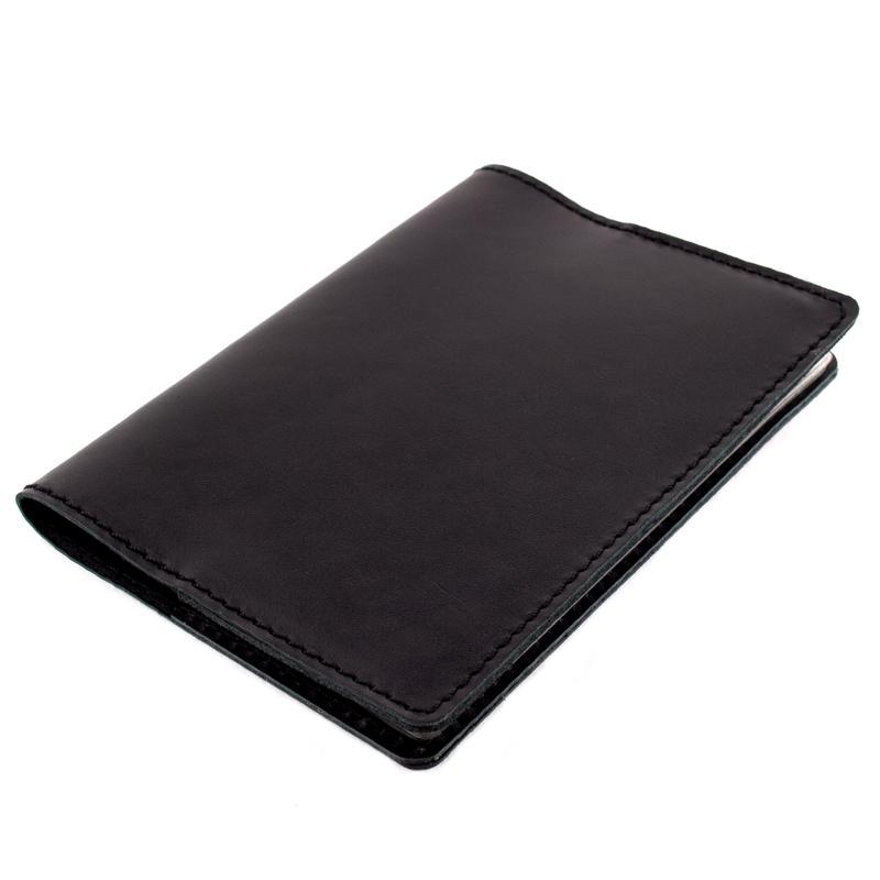 Кожаная обложка на паспорт Crez (черная гладкая)
