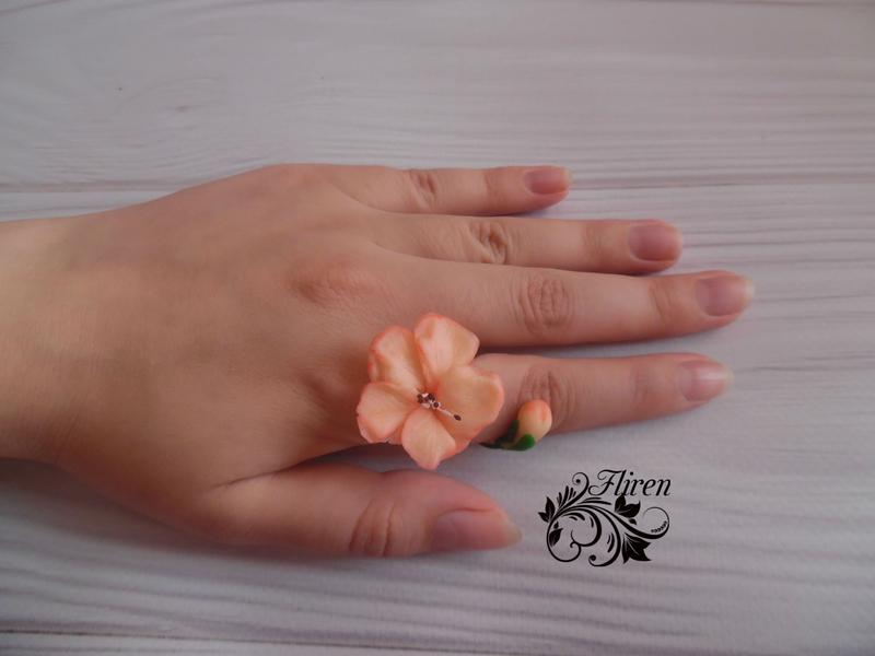 "Кольцо ""Цветок сакуры"""