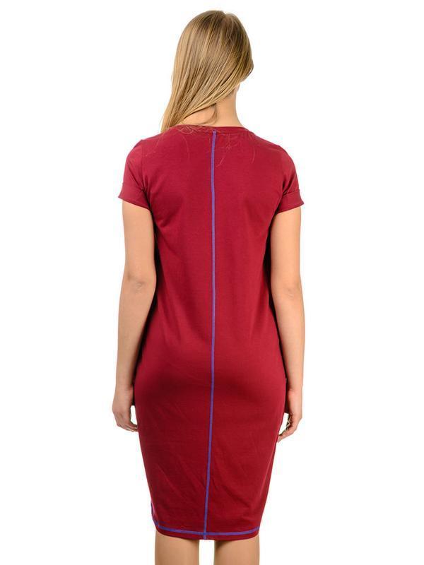 Вишнева сукня Artystuff з принтом Оберіг