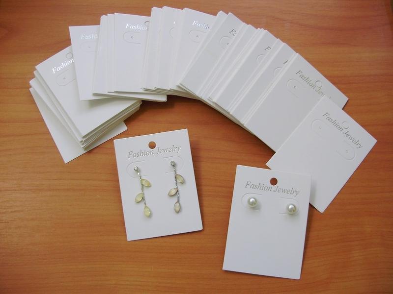 бирки для сережек или планшетки