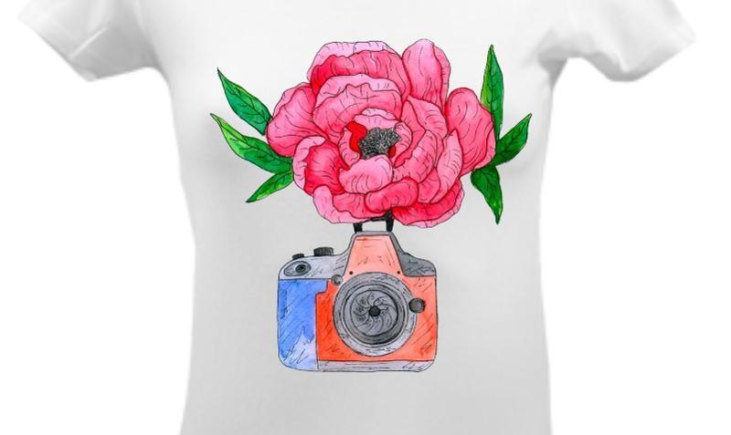 Футболка с цветочным принтом, летним принтом, рисунком, пион и фотоаппарат, акварельный рисунок