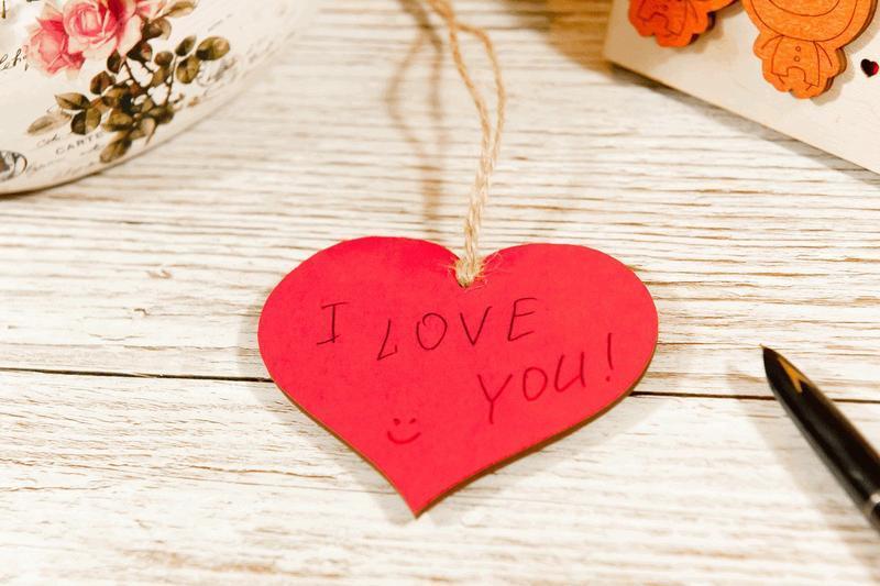 Підвіска з дерева Парочка Love you